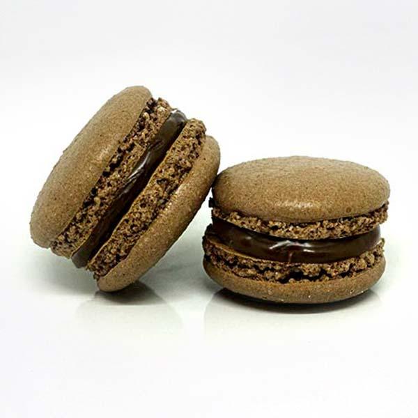 Macarons al cioccolato - produzione artigianale